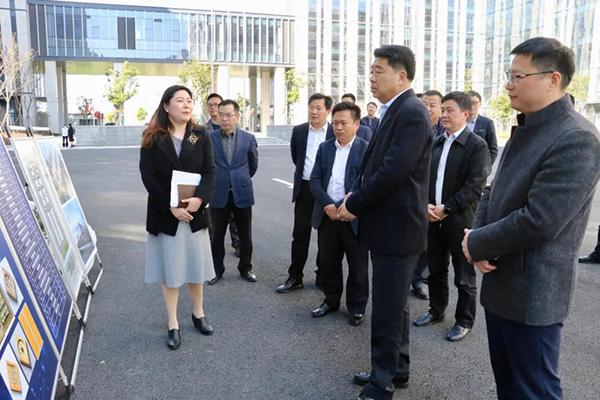 副市长、新区党工委书记柯吉欣到至芯调研